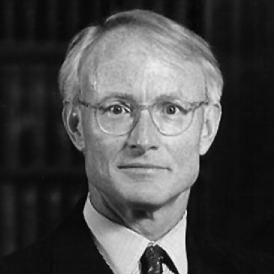michael porter 5 Porter's 5 forces model is one of the most recognized framework for the analysis of business strategy porter, the guru of modern day business strategy, used theoretical frameworks derived from industrial organization (io) economics to derive five forces which determine the competitive intensity and.